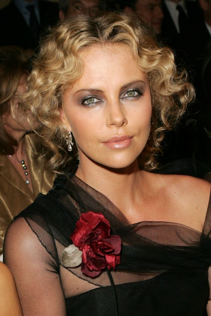 Charlize-Therons-Classic-Curls Stunning Curly Hairstyles That Are All About That Texture