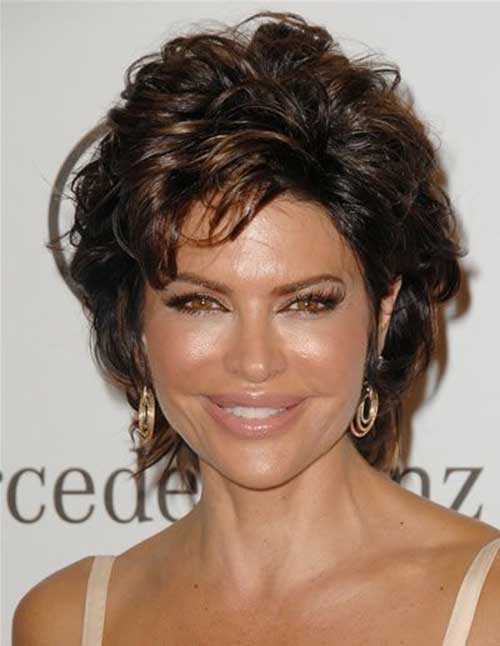 Chic-Short-Layered-Haircuts-for-Ladies-Over-50.. Hottest Short Layered Hairstyles For Women Over 50
