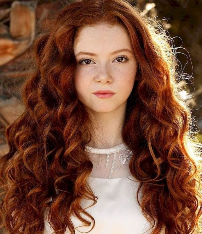 Curly-Long-Hairstyle Redhead Hairstyles for Sultry and Sassy Look