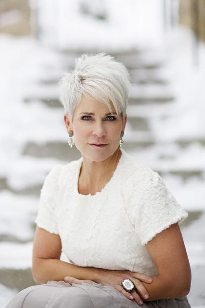 Edgy-Grey-Short-Hair Easy Hairstyles for Women Over 50