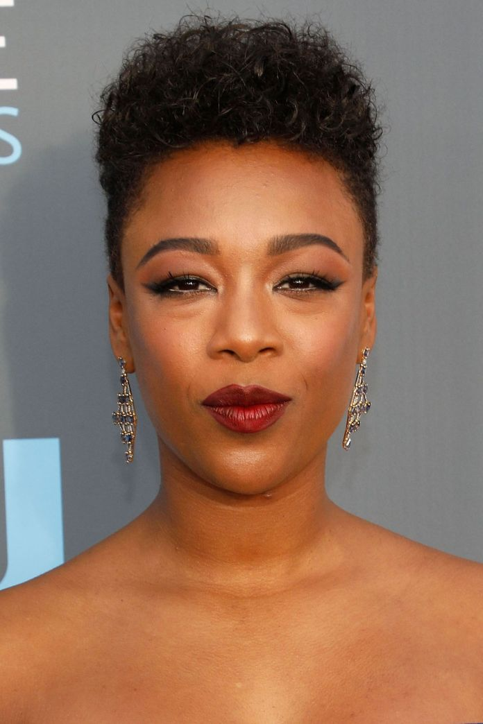 Fluffy-Upward-Top-with-Curly-Hair-and-Trimmed-Sides Short Hairstyles for Black Girls to Look Flawless