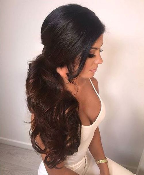 Formal-Side-Pony-for-Brunettes 10 Glamorous curly ponytails you must try