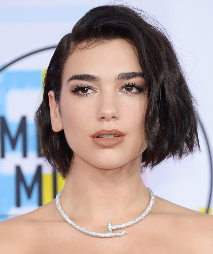 Frail-Waves Edgy Haircuts for Women to Look Super Model