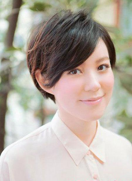 Japanese-Styled-Short-Bob-Hairdo Short Bob Hairstyles for Ladies