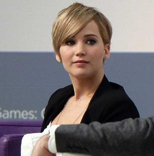 Jennifer-Lawrence's-Best-Pixie-Hairstyle-with-Blonde-Color Pixie Hair Styles for 2020
