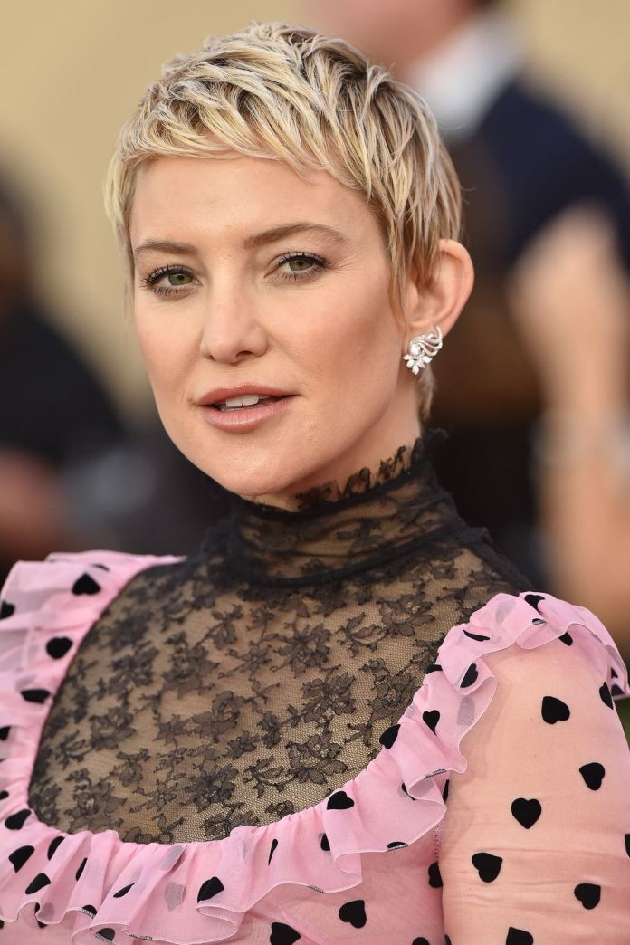 Kate-Hudson Short Blonde Hairstyles That'll Inspire You to Call Your Colorist