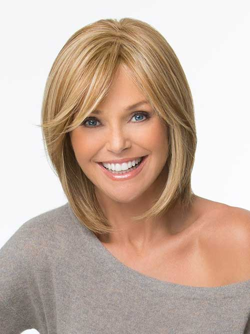 Long-Fine-Blonde-Bob-Hairstyle-with-Side-Swept-Bangs Short Bob Hairstyles With Side Swept Bangs