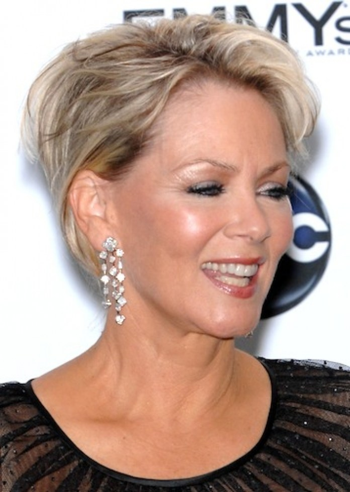 Medium-Curly-Hairstyles-For-Women-Over-50 Hottest Short Layered Hairstyles For Women Over 50