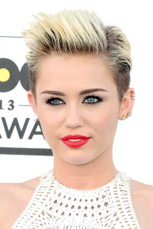 Miley-Cyrus-Spiky-Short-Hairstyle Short Trendy Hairstyles 2020