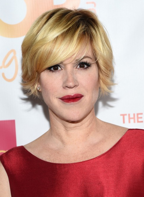 Molly-Ringwald-Short-Layered-Razor-Hair-Cut Hottest Short Layered Hairstyles For Women Over 50