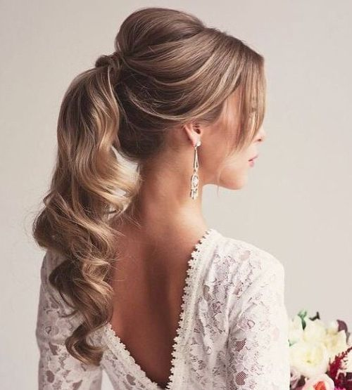 Poofy-Ponytail-with-Bump 10 Glamorous curly ponytails you must try