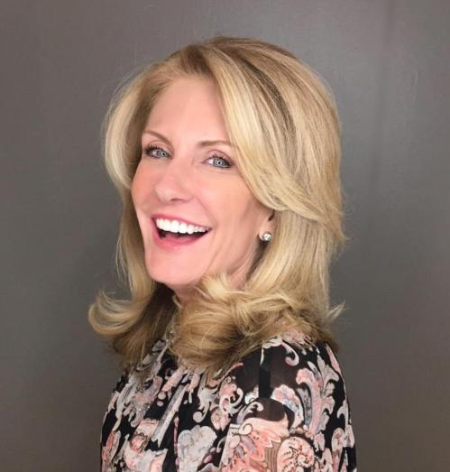 Romantic-Round-Curls 12 Stylish shoulder-length hairstyles for women Over 50