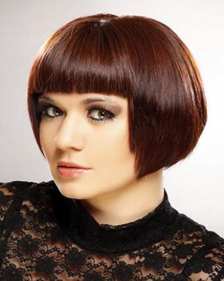 Short-Bob-Hairdo-with-Blunt-Bangs-at-Front Short Bob Hairstyles for Ladies