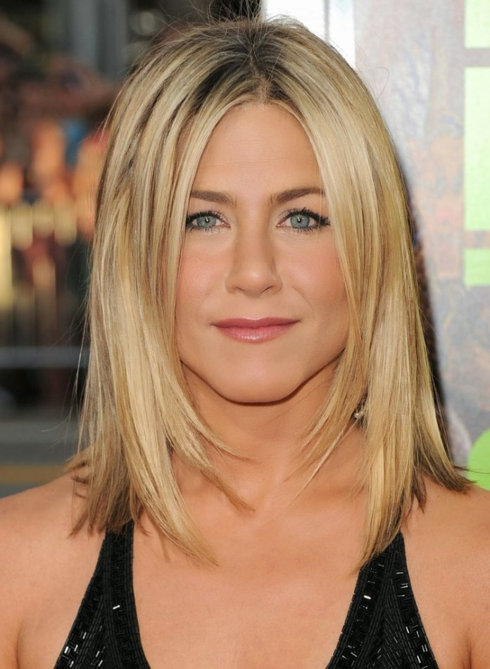 Shoulder-Length-Blonde-Straight-Hair Easy Hairstyles for Women Over 50