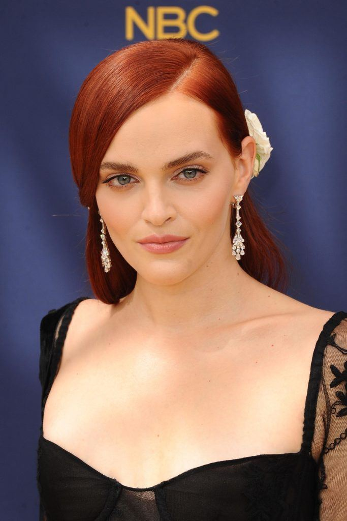Sleek-Side-Parted-Hair Redhead Hairstyles for Sultry and Sassy Look