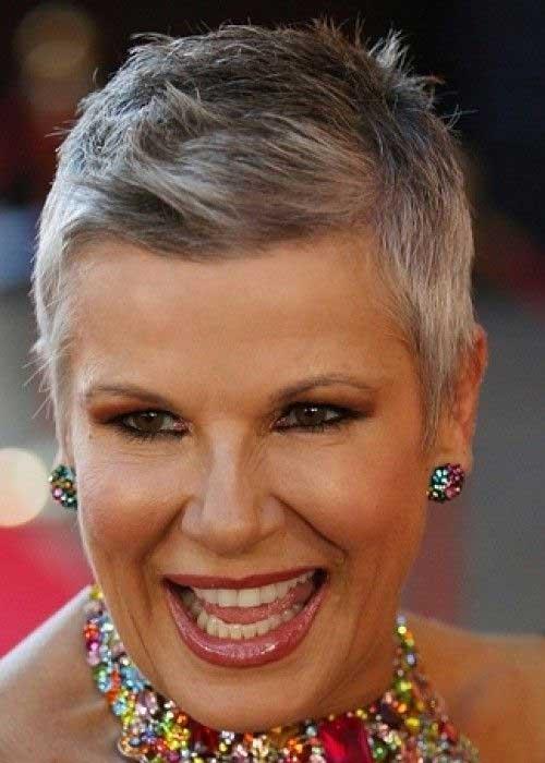 Super-Short-Side-Swept-Hairstyle-for-Women Short Hairstyles for Older Women