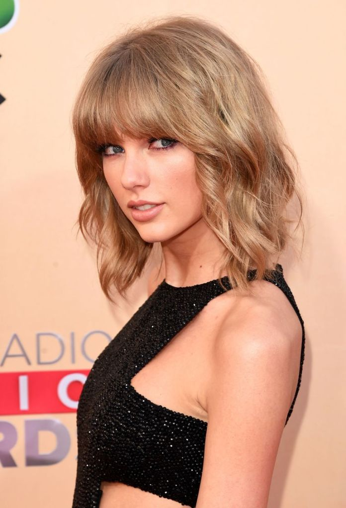 Taylor-Swifts-Blunt-Fringe Stunning Curly Hairstyles That Are All About That Texture