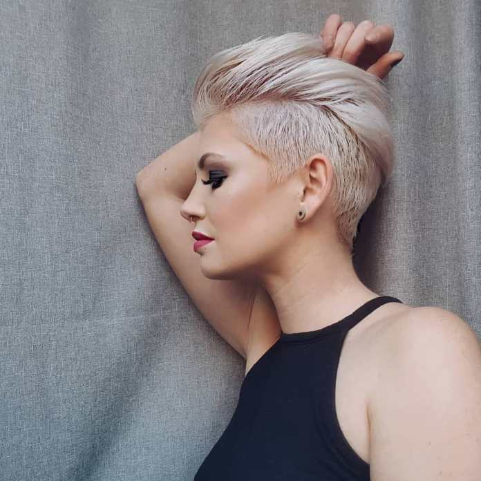 Teeny-Pixie Edgy Haircuts for Women to Look Super Model