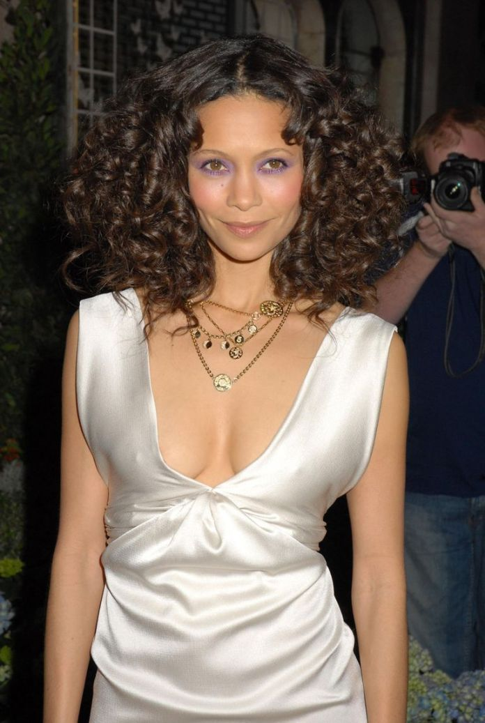 Thandie-Newtons-Symmetry Stunning Curly Hairstyles That Are All About That Texture