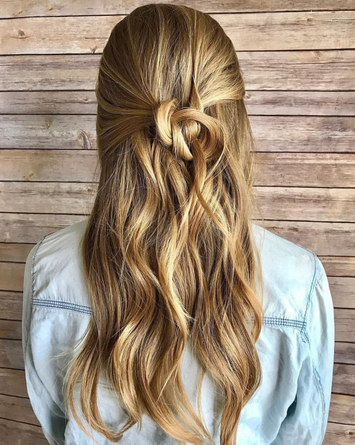 The-Frizzy-Half-Knot Mesmerizing Back to School Hairstyles