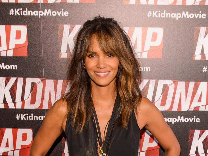 Asymmetric-Front-Bangs-with-Long-Hair-at-Back Awesome Long Hairstyles for Black Girls
