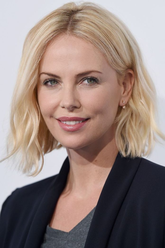 Charlize-Theron-blunt-bob 10 Trendy Blunt Bobs Hairstyles
