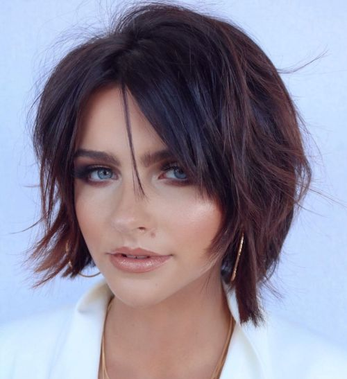 Chic-Brunette-Bob-Shag 14 ideas of short haircuts for round faces