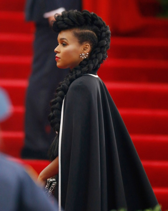 Faux-with-the-Tails Natural Hairstyles for Black Women to Enhance Your Look