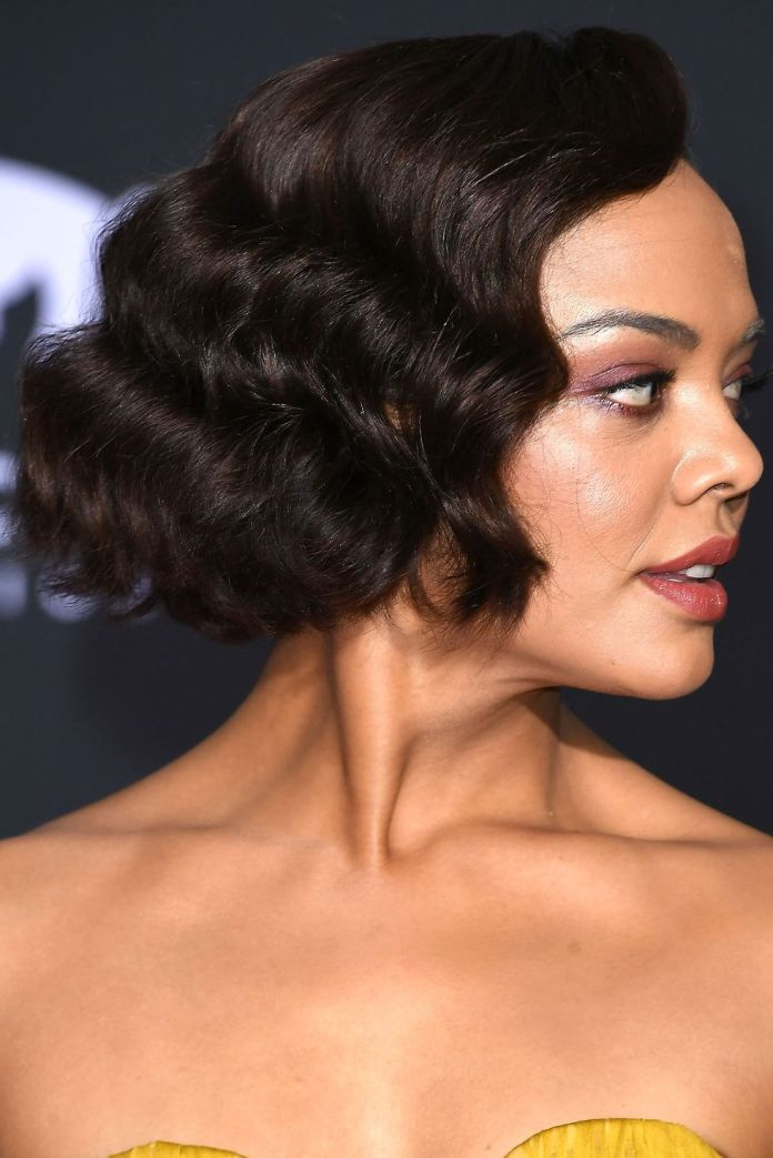 Frizzy-Crimps Must Try Bob Hairstyles 2020 for Trendy Look