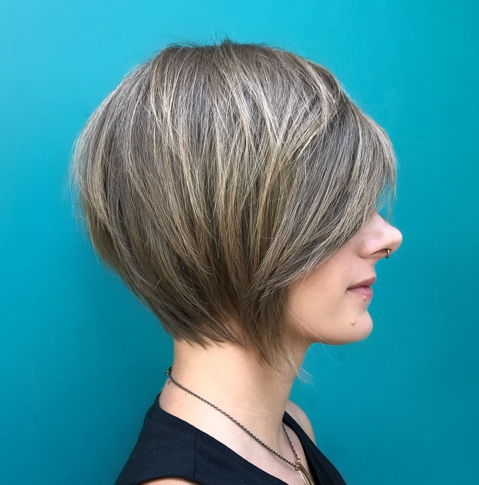 15 Graceful Hairstyles for Fine Straight Hair - The UnderCut