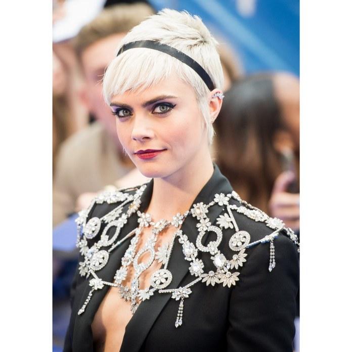 Hairstyles-with-bangs-Short-Bangs 16 eye-catching Hairstyles with bangs