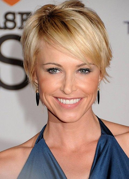 Josie-Bissett's-Charming-and-Attractive-Bob-Cut Celebrity Short Hairstyles for Women