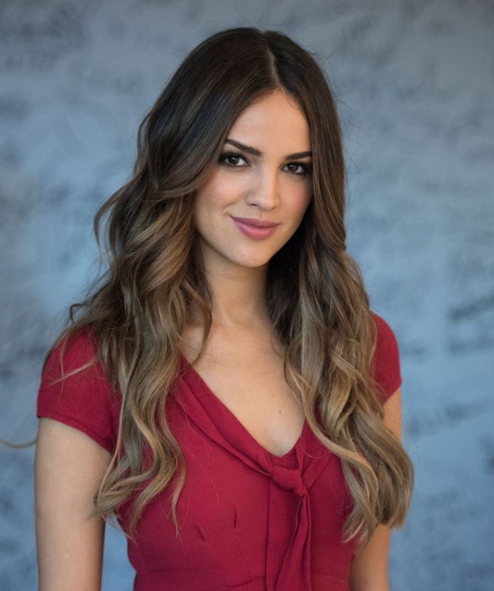 Long-Ombre-Waves 10 Long Wavy Hair Ideas will inspire your next cut