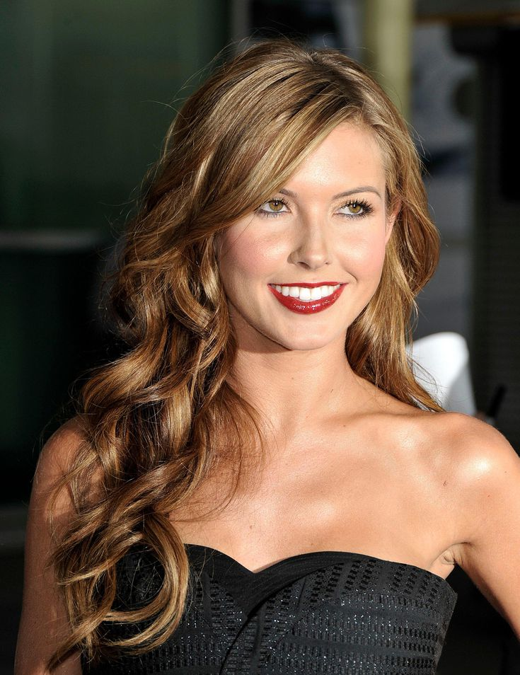 Loose-wave 10 Long Wavy Hair Ideas will inspire your next cut