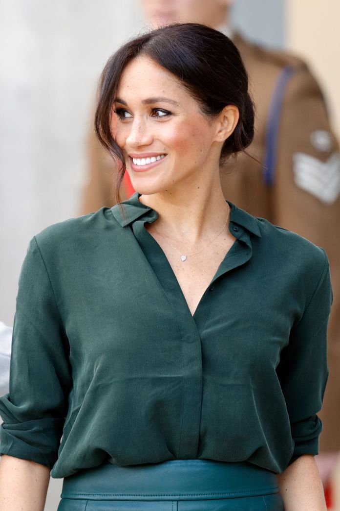 Meghan-Markle 14 Fabulous Medium Length Hairstyles of Celebrities you might want to copy
