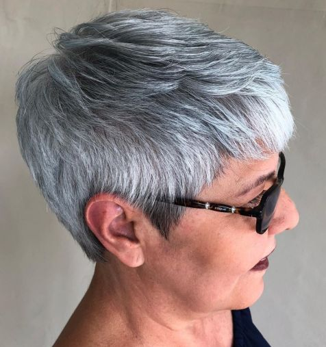 Neat-Feathered-Gray-Pixie 14 Stylish Gray Hair Styles for older women