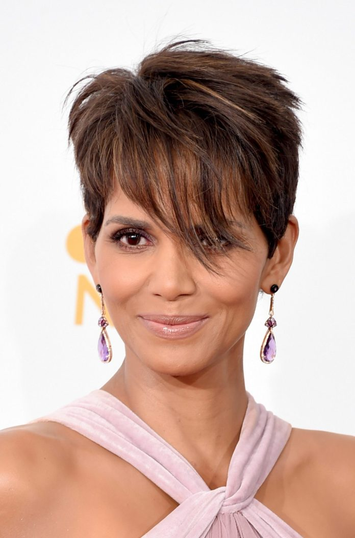 Razored-Pixie-with-Feathered-Bangs-scaled Undoubtedly Coolest Pixie Cuts for Wavy Hair