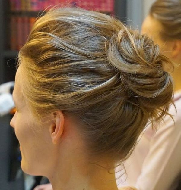 Short-Updo Quick and Easy Short Hair Buns to Try