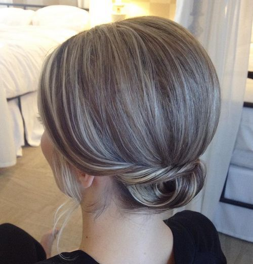 Small-Low-Bun-with-a-Bouffant Quick and Easy Short Hair Buns to Try