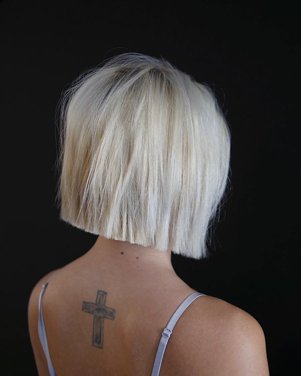 Straight-Bleach-Blonde-Hair 14 fabulous straight bobs hairstyles you might want to copy