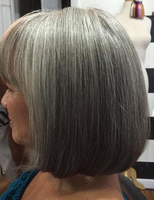 Straight-Silver-Locks 14 Stylish Gray Hair Styles for older women
