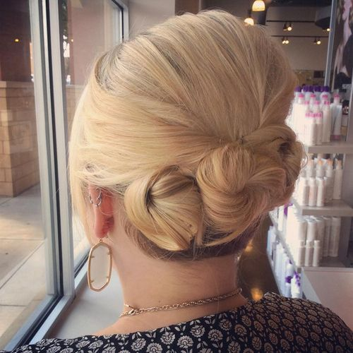 Triple-Bun-Updo Quick and Easy Short Hair Buns to Try