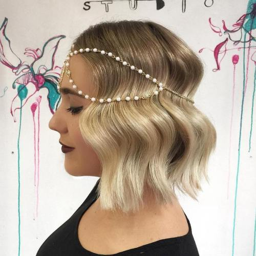 Vintage-Waves-with-Hairpiece 15 eye-catching Prom Hairstyles for Short Hair