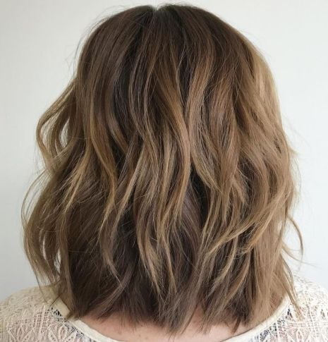 layered-lob-for-thick-hair 15 Graceful Medium Length Haircuts for Thick Hair