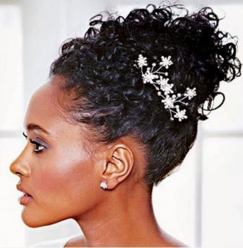 A-Showy-Wedding-Hairstyle-For-Short-Natural-Hair 14 Flattering Black Wedding Hairstyles