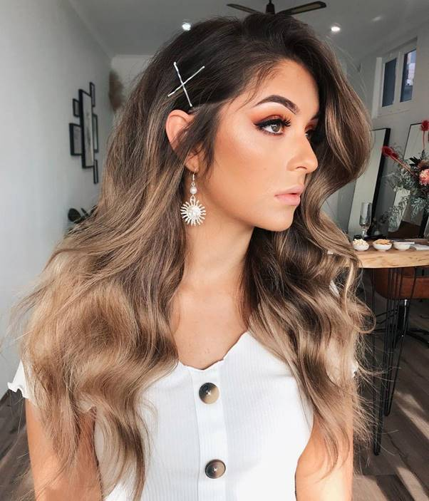Ashy-Brown-Hair Bewitching Brunette Ombre Hair Ideas (2020 Guide)