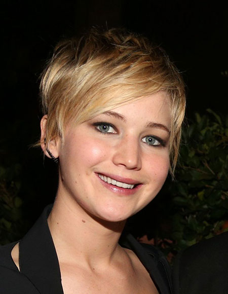 Blonde-Layered-Cut Styles For Pixie Cuts 2020
