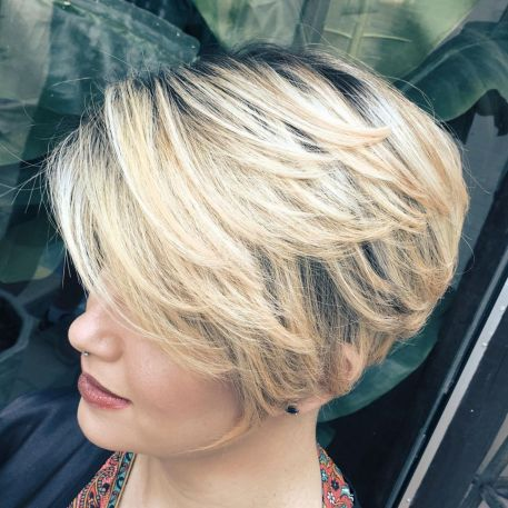 Blonde-Pixie-Bob-with-Feathered-Layers 12 Pixie Haircuts for Thick Hair that will inspire your next cut