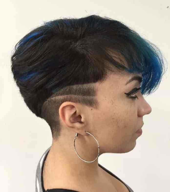 Blue-Highlights Gorgeous Black Hairstyles with Highlights