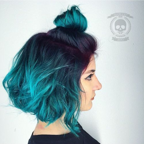 Blue-Teal-Ombre-Bob 14 Eye-catching Blue Ombre Hairstyles